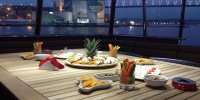 Private Boat Rental on Bosphorus With Meal and Drinks