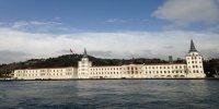 Dolmabahce Palace istanbul Bosphorus Tour Kuleli